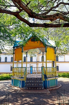 Alter musikpavillon, typisch für städte auf dem land
