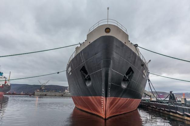 Alter nuklearer eisbrecher lenin im nordhafen