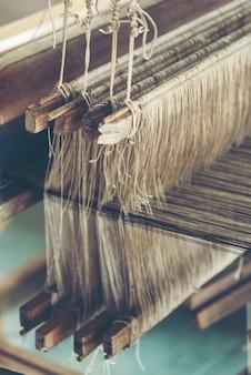 Alter spinnender webstuhl - nahaufnahme - foto, weinlesefilterbild