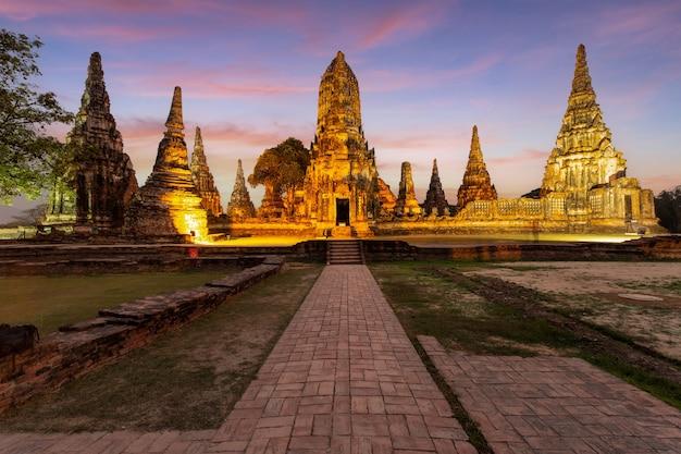 Alter tempel wat chaiwatthanaram der provinz ayutthaya (ayutthaya historical park), thailand
