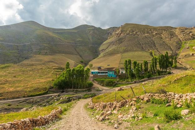 Altes alpendorf khinalig in aserbaidschan