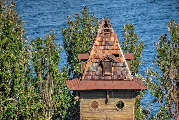 Altes historisches haus in odessa seehafen, ukraine