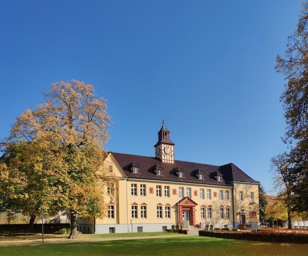 Altes rathaus in velten, nahe berlin, in brandenburg-bezirk