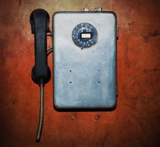 Altes telefon, dunkel