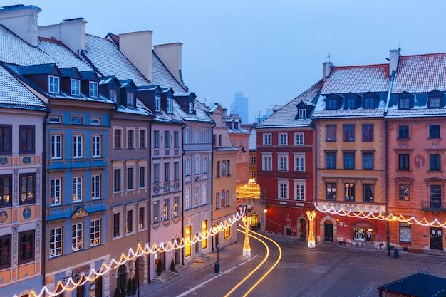 Altstädter marktplatz am morgen, warschau, polen.