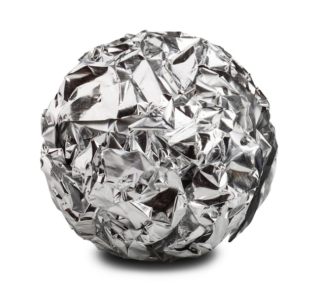 Aluminium papierkugel isoliert