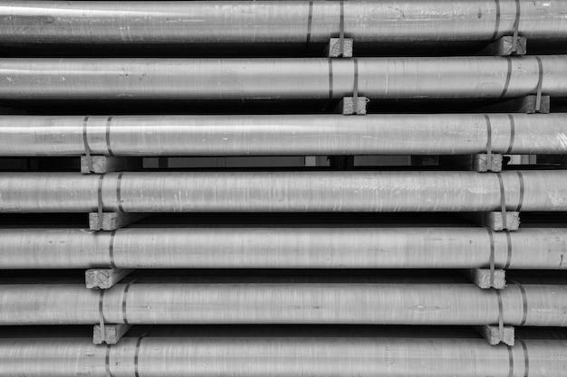 Aluminiummetallrohstoff in form von langen rohren