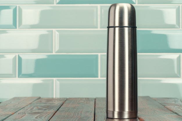 Aluminiummetallthermosebehälter-flaschenabschluß oben
