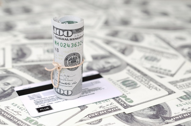 Amerikanisches geld und modernes virtuelles online-banking-konzept
