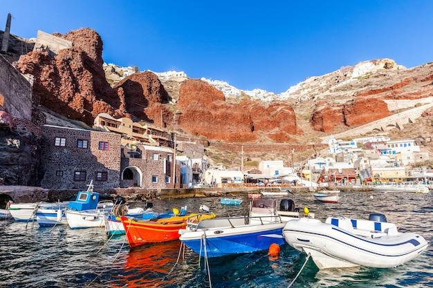 Amoudi hafen von oia, santorini insel, griechenland