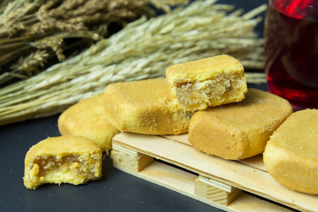 Ananas-shortcake oder ananas-gebäck-tortenkuchen. das ist das berühmteste geschenk aus taiwan.