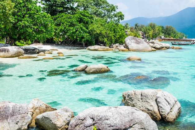 Andaman kristallseeweißer sandstrand