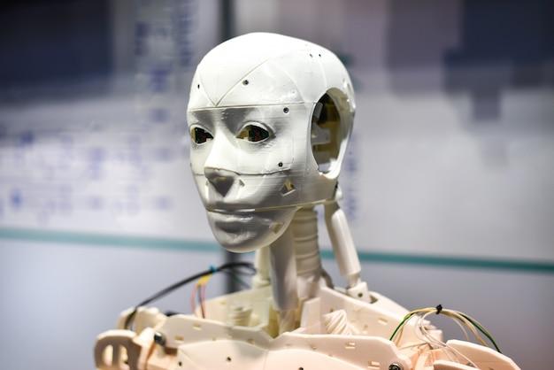Android-roboter auf 3d-drucker gedruckt