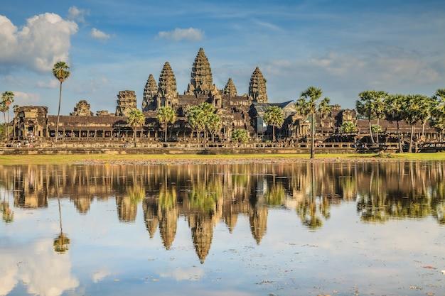 Angkor wat, altes schloss in kambodscha