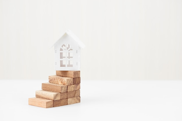 Anlagerisiko und unsicherheit auf dem immobilienwohnungsmarkt. immobilieninvestitionen