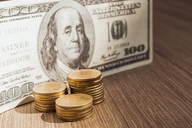 Anmerkung des amerikanischen dollars, münzengeld-dollarbargeld, investition, austausch.