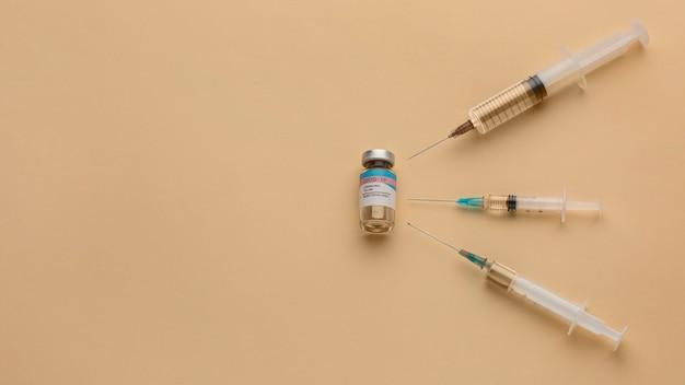 Anordnung der covid19-impfstoffflasche