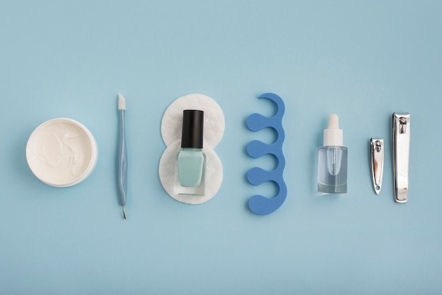 Anordnung der nagelpflegeartikel von oben