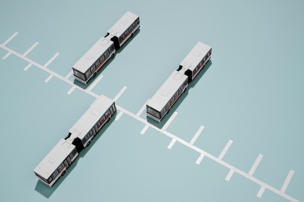 Anordnung der öffentlichen verkehrsmittel mit hohem winkel