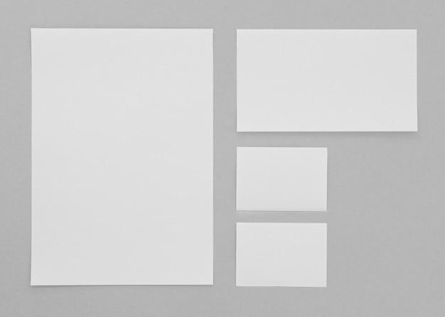 Anordnung der schreibwaren über der ansicht