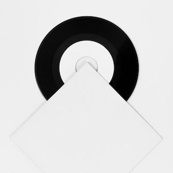Anordnung der vinylverpackung auf weiß