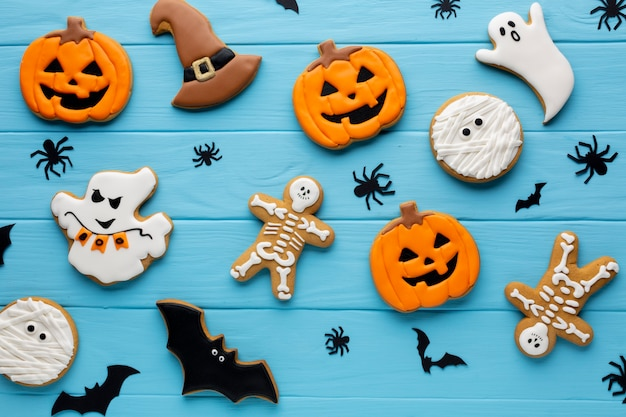 Anordnung für halloween-plätzchen