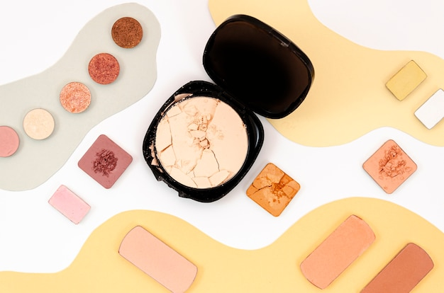 Anordnung für verschiedene bunte kosmetik