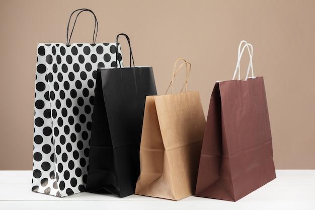 Anordnung von einkaufstüten