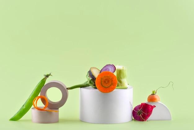 Anordnung von kompost aus faulen lebensmitteln mit kopierraum