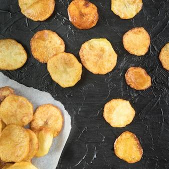 Anordnung von leckeren kartoffelchips