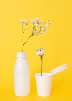 Anordnung von nicht umweltfreundlichen kunststoffgegenständen