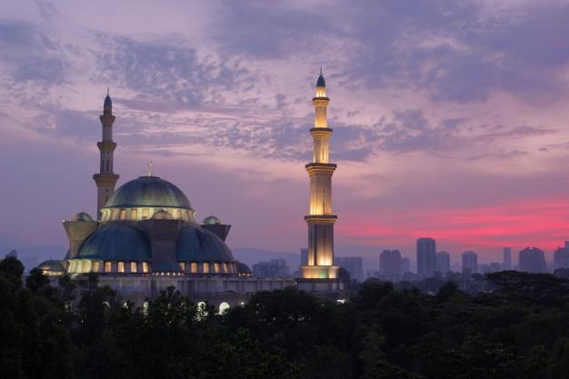 Ansicht der allgemeinen moschee, wilayah persekutuan moschee in kuala lumpur, malaysia