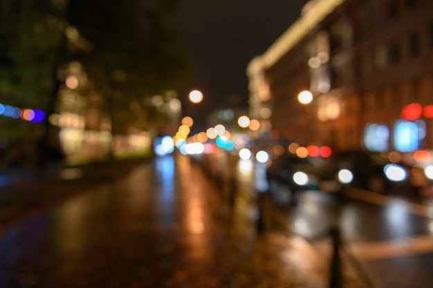 Ansicht des verkehrs in der stadtstraße, verwischter hintergrund