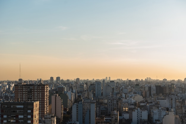Ansicht des weit verbreiteten stadtgebietstadtbilds