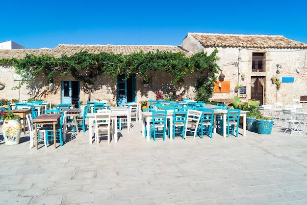 Ansicht eines typischen rustikalen hauses in marzamemi, sizilien