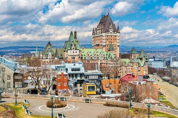 Ansicht von chateau frontenac in quebec city - quebec, kanada