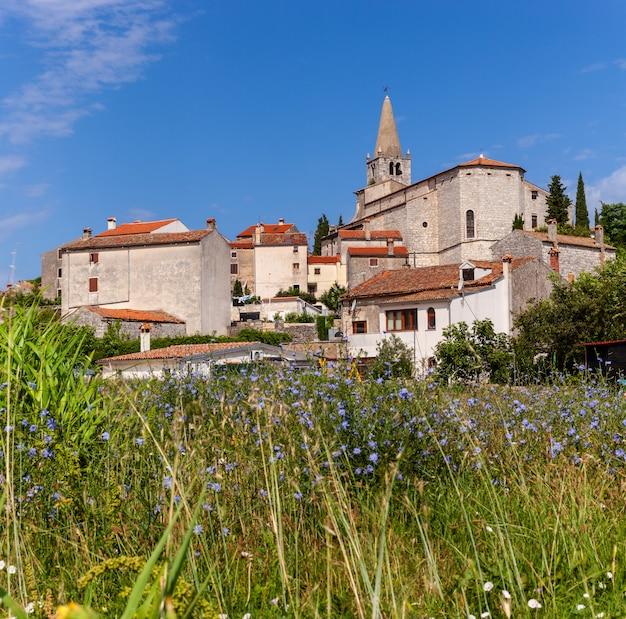 Ansicht von valle, bale in istrien. kroatien