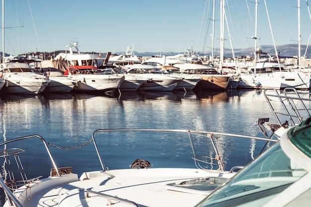 Ansicht von yachten im jachthafen von cannes, frankreich