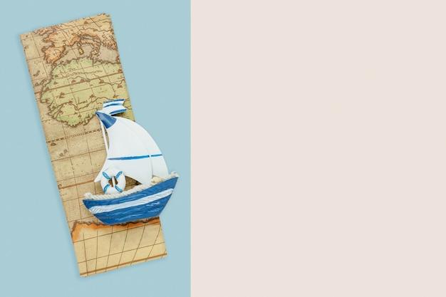 Antennenzusatzplan der tischplatteansicht, zum im feiertagshintergrundkonzept zu reisen.