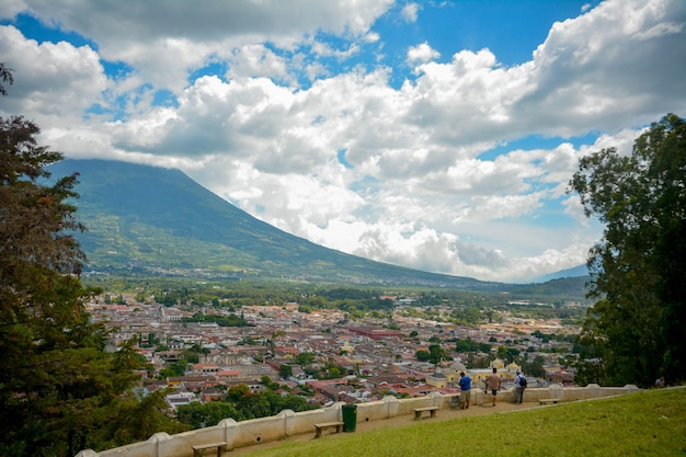 Antigua guatemala ansicht, vulkan