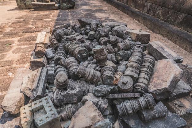 Antike angkor wat ruinen panorama schöne nahaufnahme des leeren angkor wat tempelkomplexes östlichen mebo ...