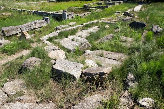 Antike ruinen in dion, griechenland.