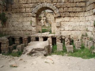 Antiken römischen bad in perge, perge