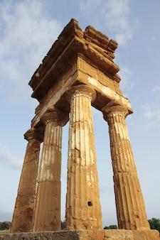 Antiker griechischer tempel in agrigent, sizilien, italien