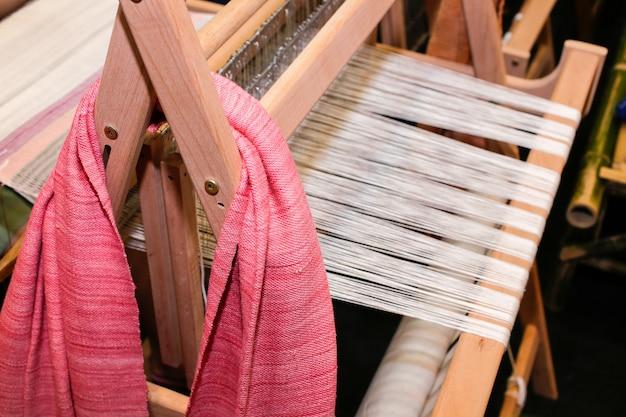 Antiker thailändischer gewebter seidentuch