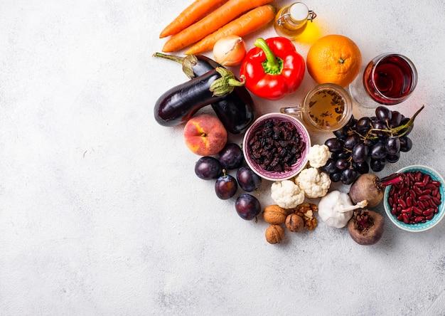Antioxidantien in produkten. sauberes essen