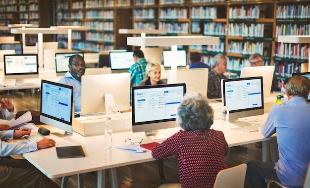 Antworten bibliothek fragen akademische bücherregal lesen