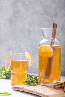 Apfelwein fermentiertes getränk