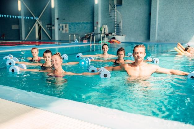 Aqua aerobic, gesunder lebensstil, wassersport