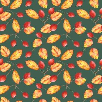 Aquarell herbstlaub und beeren nahtlose muster. orange und roter botanischer druck auf grünem hintergrund. blumenmuster für textilien, stoffe, tapeten, geschenkpapier und dekoration.